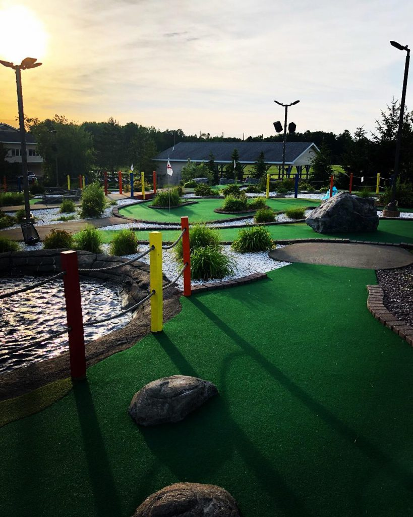 Hickory Hill Miniature Golf Course. Photo by Michael Aaron Gallagher.